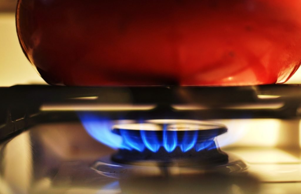 gas-stove-heat-kitchen-burner-flame-1367513-pxhere.com